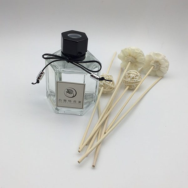 4 fl oz glass bottle fragrance oil reed diffuser via wood refill stick